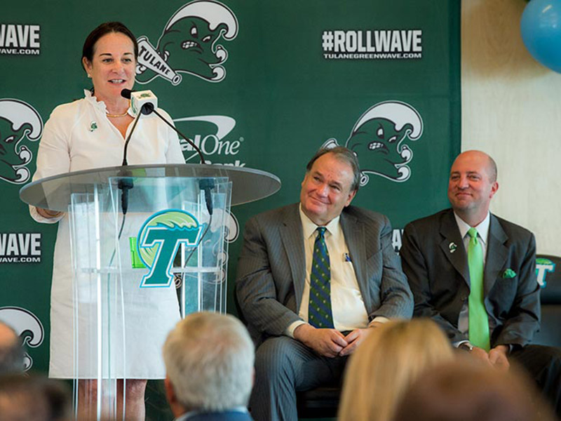 """Elizabeth """"Libby"""" Connolly Alexander, a 1984 alumna and member of the Tulane Board, addresses the crowd during a press conference held by Tulane University Athletics to announce that the university's sailing club will be elevated to intercollegiate varsit"""