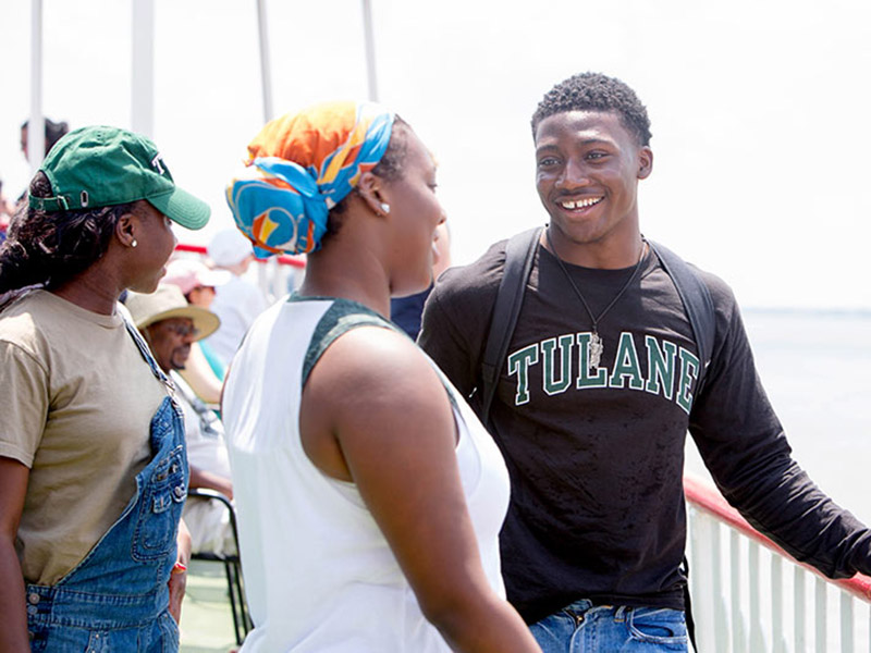 Incoming first-year students participating in the Newcomb-Tulane College Summer Experience boarded the Steamboat Natchez this weekend to discuss the river's historical impactIncoming first-year students participating in the Newcomb-Tulane College Summer E