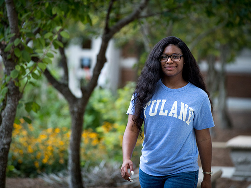 N'Dea Preatto, a high school student in Tulane's Upward Bound program, shines in her summer internship at the Tulane School of Science and Engineering.